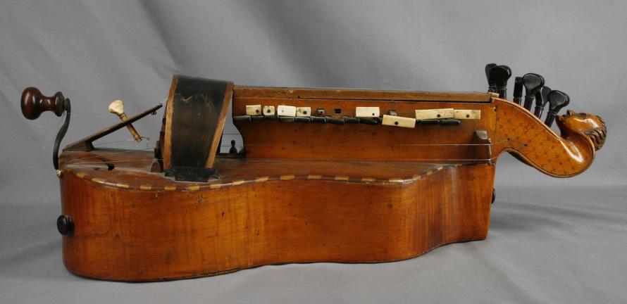 Tra gli strumenti musicali meno conosciuti… Chi conosce la Ghironda?
